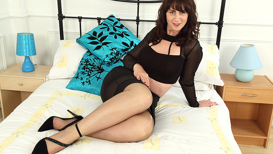 Mature.nl presented: Naughty British housewife getting wet and wild.
